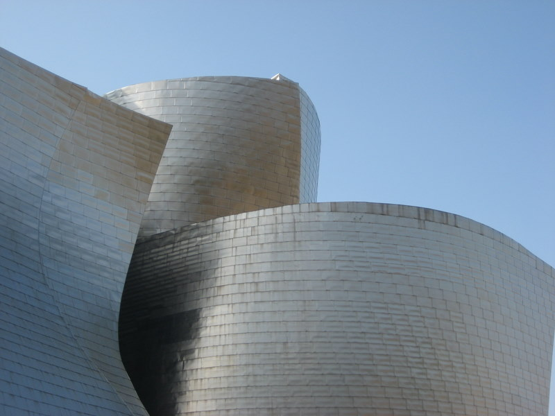 Fantastiska Guggenheim i Bilbao, en del av byggnaden