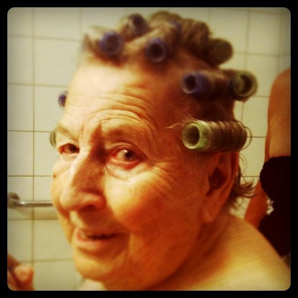 Mormor älskar att duscha