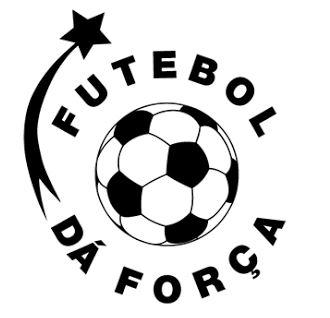 Att rädda världen genom tjejer och fotboll - futebol da forca