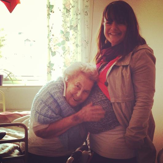 Gammelmormor och bebismagen